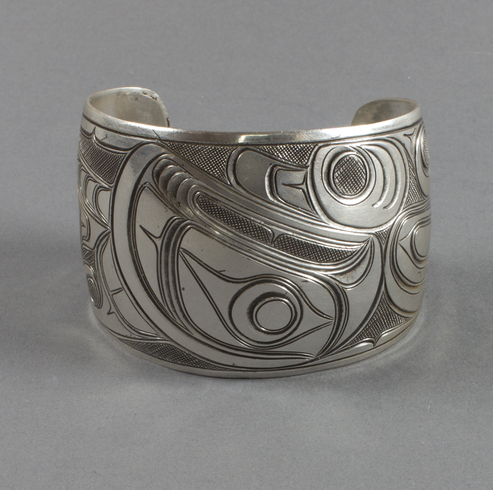 Haida%20artist%2C%20%3Cb%3E%3Ci%3E%20Bracelet%3C%2Fi%3E%3C%2Fb%3E%2C%201910%2F1920%2C%20silver%2C%20The%20Elizabeth%20Cole%20Butler%20Collection%2C%20no%20known%20copyright%20restrictions%2C%202009.1.2
